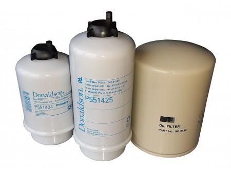 Zestaw filtrów paliwa i oleju silnika MF5400/6400
